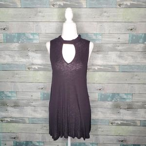 Pink Republic NWT Black Sleeveless Keyhole Top XS